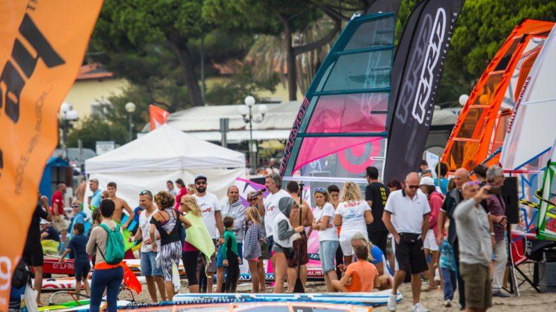 WindFestival: a Diano Marina vanno in scena gli action sport sull'acqua