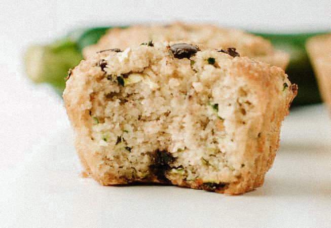 E tu, mangi abbastanza grassi? Muffin alle mandorle e zucchine