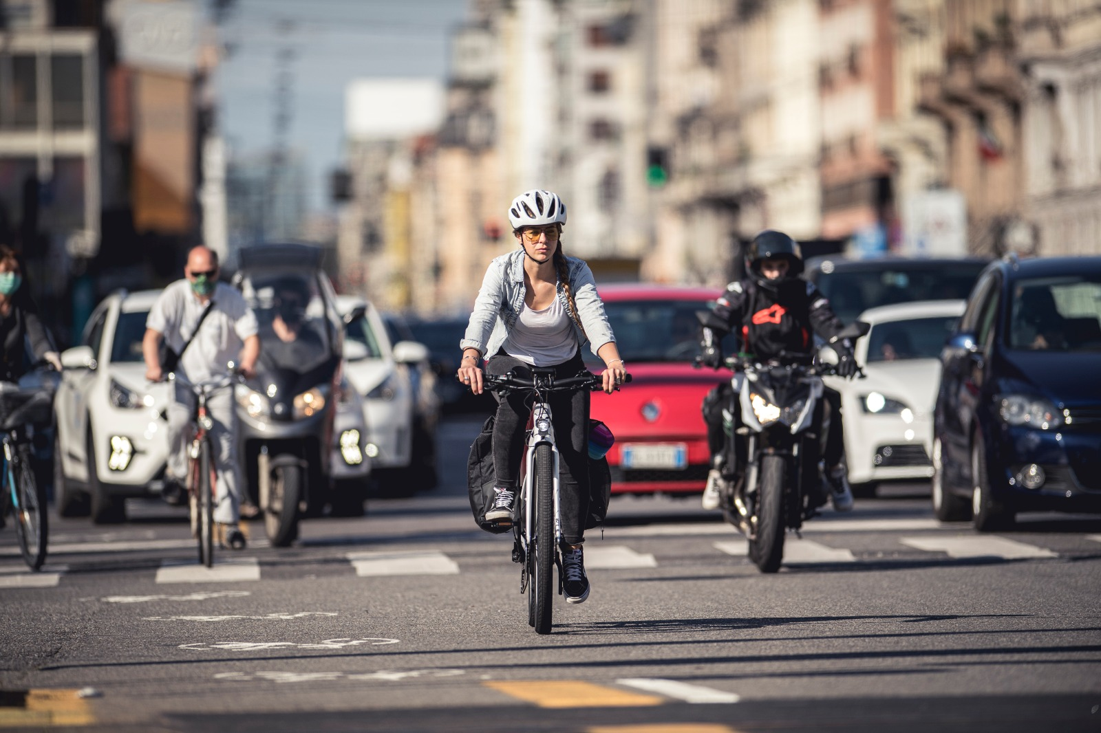 """Liv eBike: il suo test con una """"motociclista"""". I mondi si incontrano"""